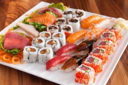 Sushi và sashimi có giống nhau không